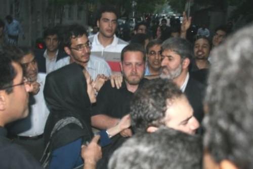 دانشجویان و علی مطهری