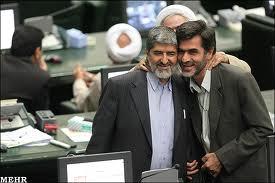 آشتی کنان کوچک زاده و علی مطهری در مجلس